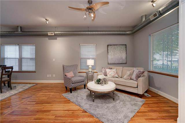 533 Forest Avenue, Kansas City, MO 64106 (#2177465) :: Eric Craig Real Estate Team