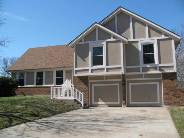 706 Greenbriar Terrace, St Joseph, MO 64506 (#117851) :: No Borders Real Estate
