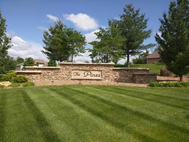 2200 SE Pine Gate Circle, Blue Springs, MO 64014 (#1938887) :: Ron Henderson & Associates