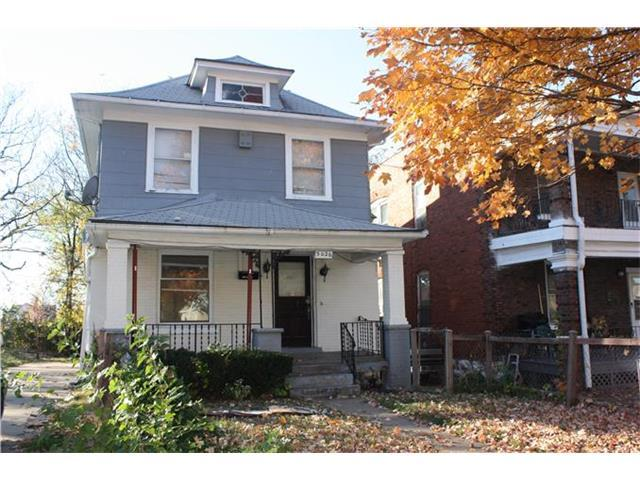 3026 Brooklyn Avenue, Kansas City, MO 64109 (#1969705) :: Char MacCallum Real Estate Group