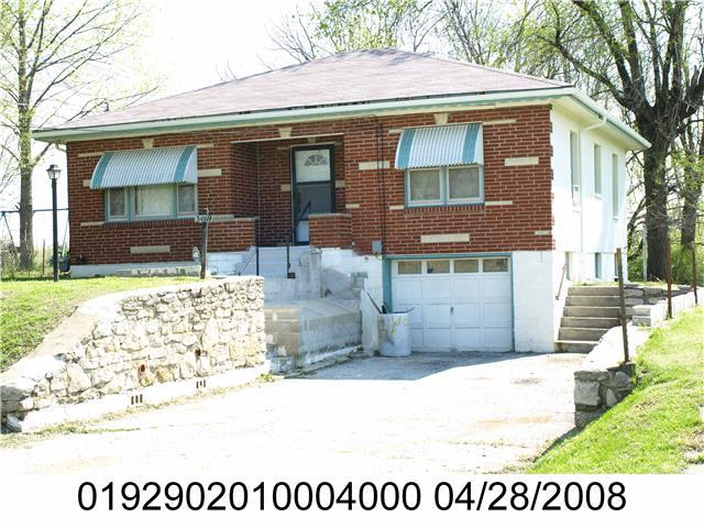 3469 N 27TH Street, Kansas City, KS 66104 (#2001444) :: Edie Waters Team