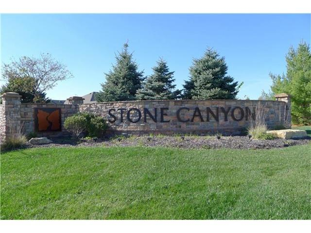 4229 S Stone Canyon Drive, Blue Springs, MO 64015 (#2023001) :: House of Couse Group