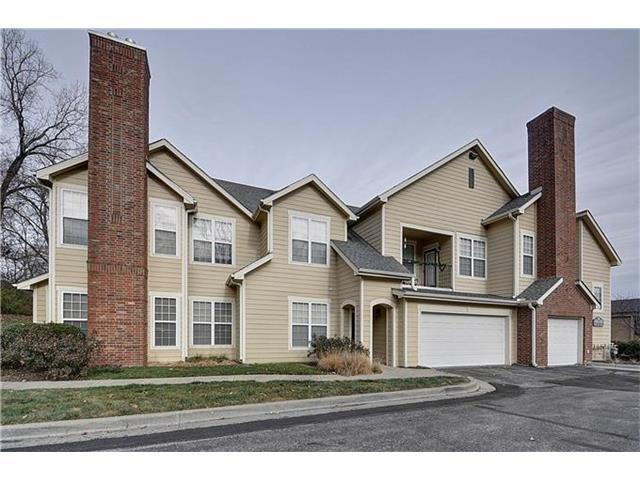 6416 W 51 Street, Mission, KS 66202 (#2023580) :: The Shannon Lyon Group - Keller Williams Realty Partners