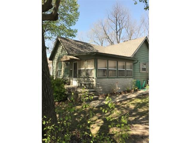 808 W Main Street, Greenwood, MO 64034 (#2040527) :: The Shannon Lyon Group - Keller Williams Realty Partners