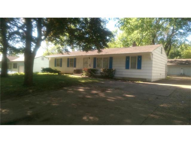 9401 E 69TH Terrace, Raytown, MO 64133 (#2044833) :: Edie Waters Team