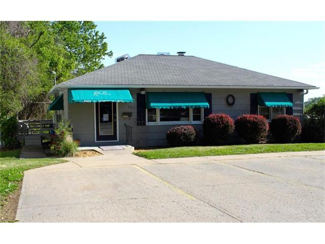 3315 Miller Avenue, St Joseph, MO 64506 (#2046312) :: Carrington Real Estate Services
