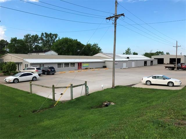 3029 Oklahoma Avenue, Trenton, MO 64683 (#2047744) :: Carrington Real Estate Services
