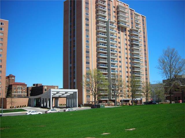 121 W 48th  #1502 Street, Kansas City, MO 64112 (#2049743) :: The Shannon Lyon Group - Keller Williams Realty Partners