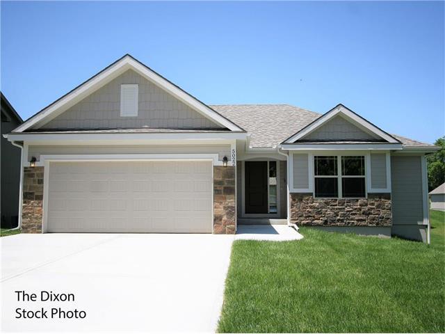 5030 N White Avenue, Kansas City, MO 64119 (#2050712) :: Edie Waters Team