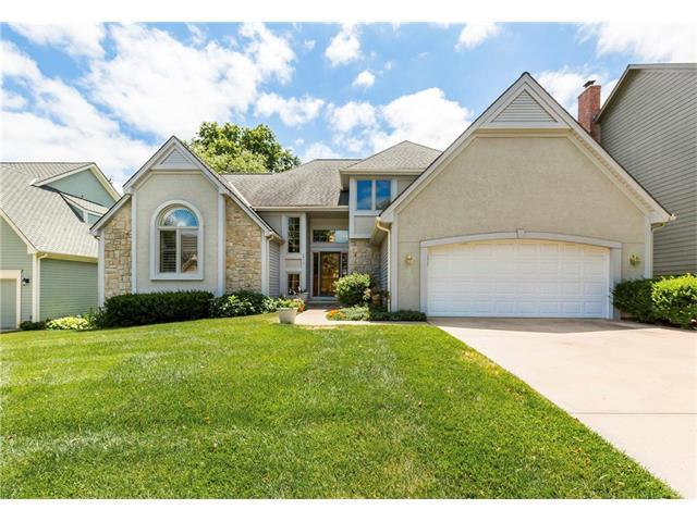 6017 W 124th Terrace, Overland Park, KS 66209 (#2052030) :: The Shannon Lyon Group - Keller Williams Realty Partners