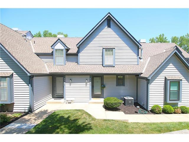 4976 W 60TH Terrace, Mission, KS 66205 (#2052240) :: The Shannon Lyon Group - Keller Williams Realty Partners