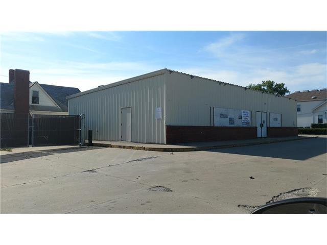 300 S 2ND Street, Odessa, MO 64076 (#2052479) :: Carrington Real Estate Services