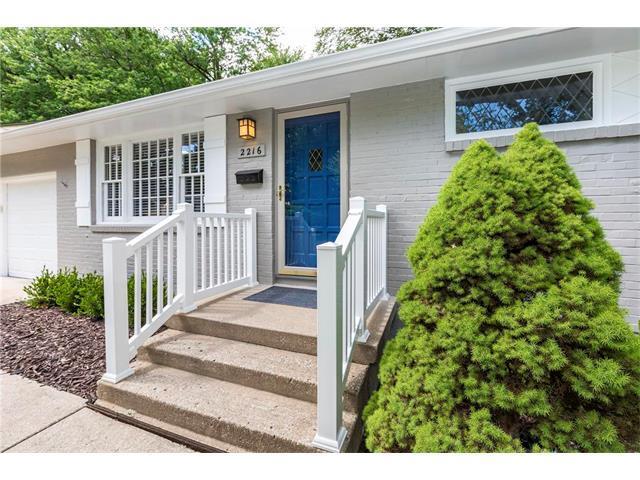 2216 W 74 Terrace, Prairie Village, KS 66208 (#2052820) :: The Shannon Lyon Group - Keller Williams Realty Partners