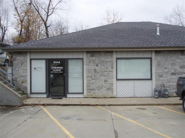 614 S Woodbine Road, St Joseph, MO 64507 (#2052897) :: HergGroup Kansas City