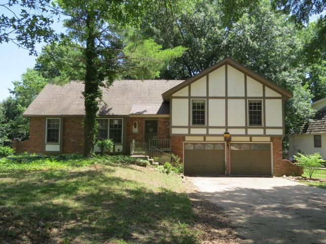 5429 Goddard Street, Shawnee, KS 66203 (#2053275) :: The Shannon Lyon Group - Keller Williams Realty Partners