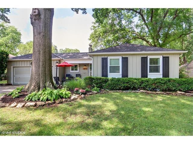 3812 W 52ND Place, Roeland Park, KS 66205 (#2053361) :: The Shannon Lyon Group - Keller Williams Realty Partners