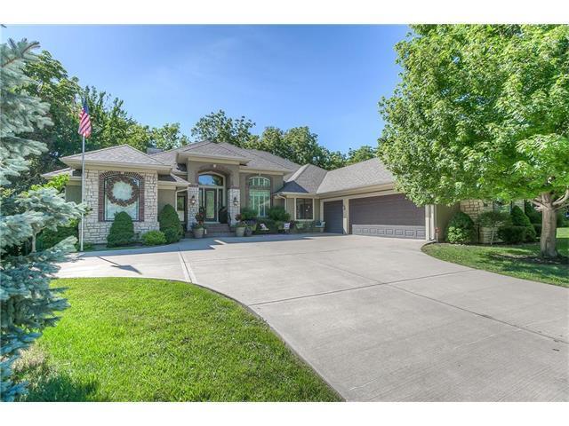 10534 Riggs Street, Overland Park, KS 66212 (#2053384) :: The Shannon Lyon Group - Keller Williams Realty Partners