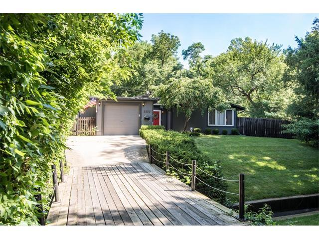 2222 W 71ST Terrace, Prairie Village, KS 66208 (#2053510) :: The Shannon Lyon Group - Keller Williams Realty Partners