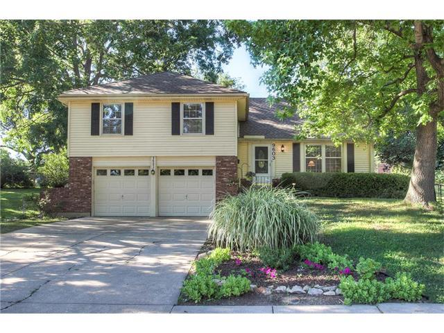 9603 Hardy Street, Overland Park, KS 66212 (#2053525) :: The Shannon Lyon Group - Keller Williams Realty Partners