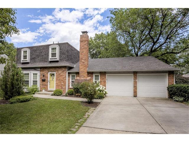 9717 Slater Lane, Overland Park, KS 66212 (#2053526) :: The Shannon Lyon Group - Keller Williams Realty Partners