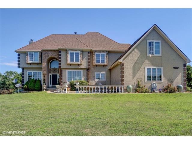11950 S Arbor View Lane, Olathe, KS 66061 (#2053534) :: The Shannon Lyon Group - Keller Williams Realty Partners