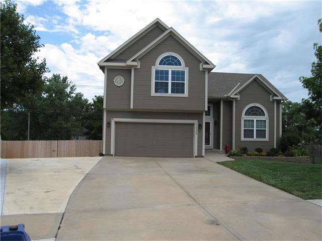 7102 Millbrook Street, Shawnee, KS 66218 (#2053553) :: The Shannon Lyon Group - Keller Williams Realty Partners