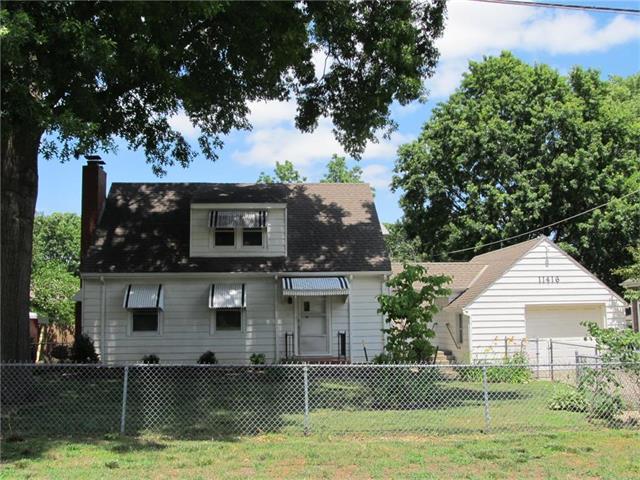 11416 W 61 Terrace, Shawnee, KS 66203 (#2053569) :: The Shannon Lyon Group - Keller Williams Realty Partners