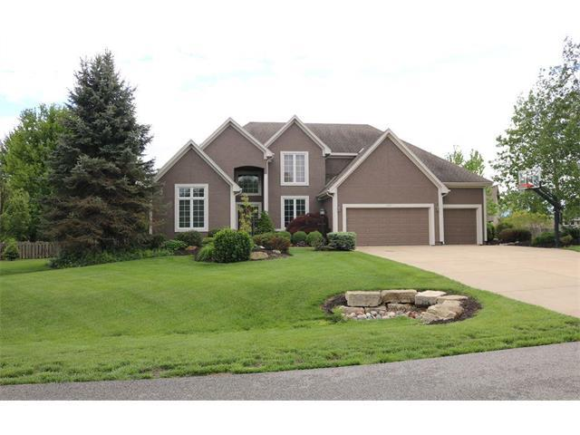 14435 W 187th Terrace, Olathe, KS 66062 (#2053571) :: The Shannon Lyon Group - Keller Williams Realty Partners