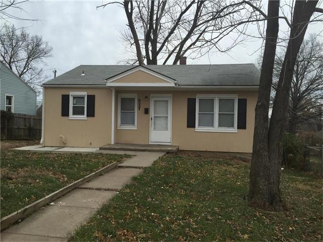 8337 Olive Street, Kansas City, MO 64132 (#2054923) :: Edie Waters Team