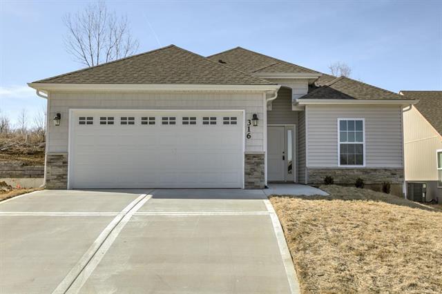316 S Marimack Drive, Kearney, MO 64060 (#2056200) :: The Shannon Lyon Group - Keller Williams Realty Partners