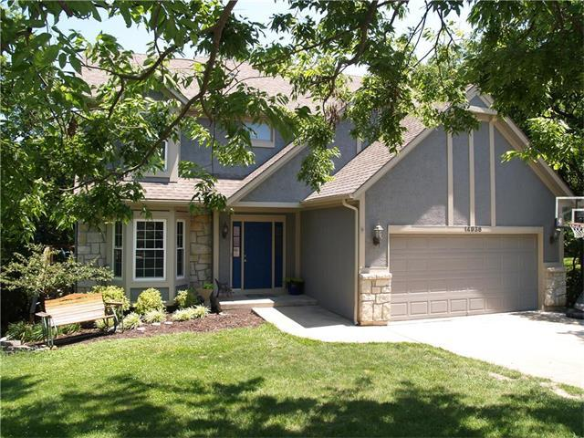 14936 Forestview Circle, Bonner Springs, KS 66012 (#2058387) :: Select Homes - Team Real Estate