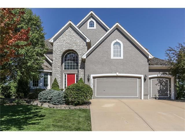11378 S Cook Street, Olathe, KS 66061 (#2058649) :: NestWork Homes