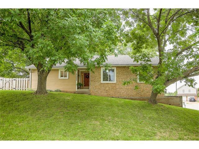 13503 W 66TH Terrace, Shawnee, KS 66216 (#2058816) :: NestWork Homes