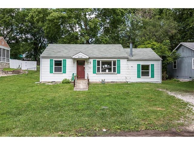 4516 Greeley Avenue, Kansas City, KS 66104 (#2059058) :: NestWork Homes