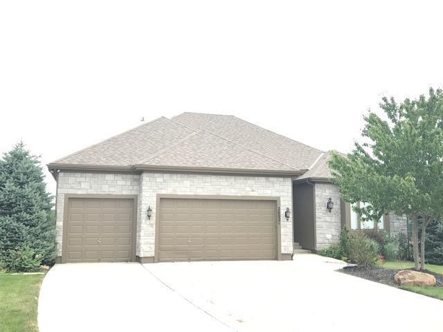 26021 W 143RD Place, Olathe, KS 66061 (#2059115) :: NestWork Homes