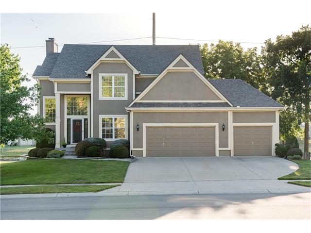 6016 NE Turquoise Drive, Lee's Summit, MO 64064 (#2059282) :: NestWork Homes