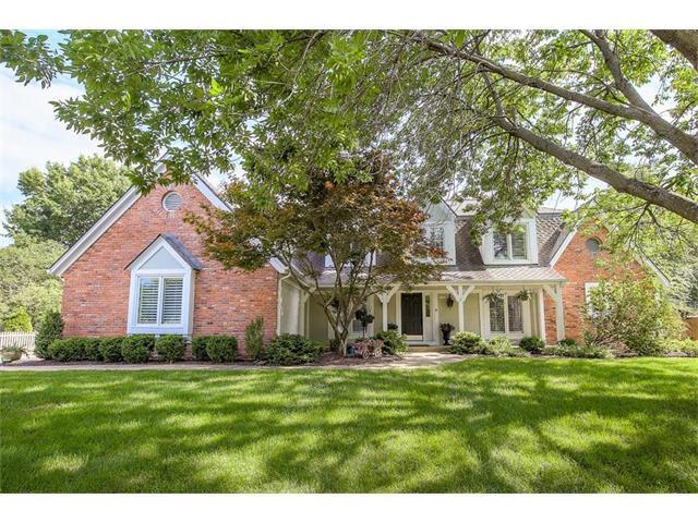 3645 W 127TH Terrace, Leawood, KS 66209 (#2059290) :: NestWork Homes