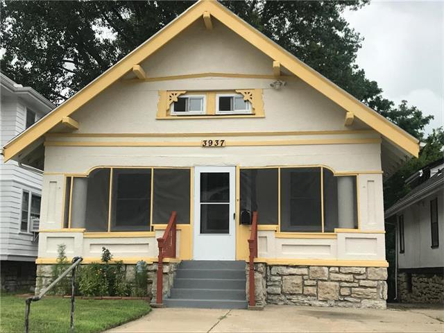3937 College Avenue, Kansas City, MO 64130 (#2059416) :: Char MacCallum Real Estate Group