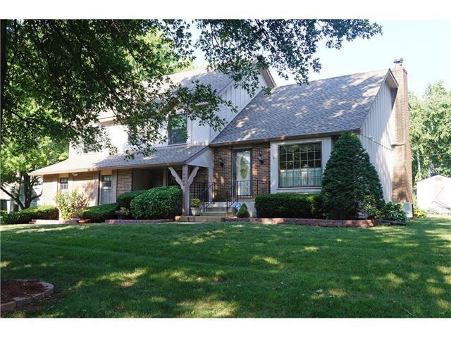 10062 Knox Drive, Overland Park, KS 66212 (#2059557) :: Kedish Realty Group at Keller Williams Realty