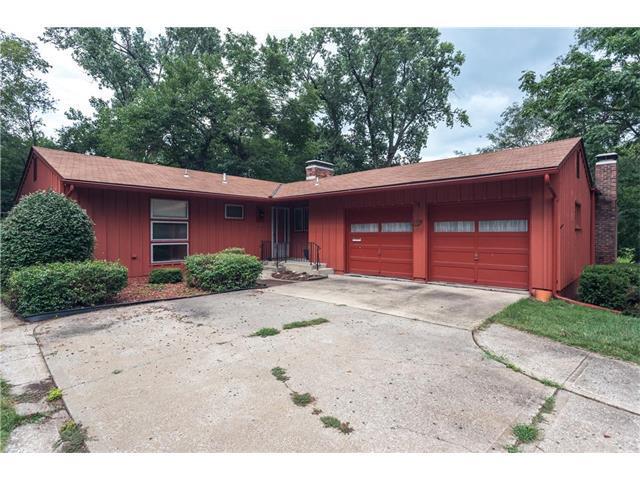 5390 W 61st Street, Mission, KS 66205 (#2060718) :: Select Homes - Team Real Estate