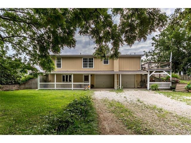 10870 W 311th Street, Louisburg, KS 66053 (#2061366) :: Tradition Home Group