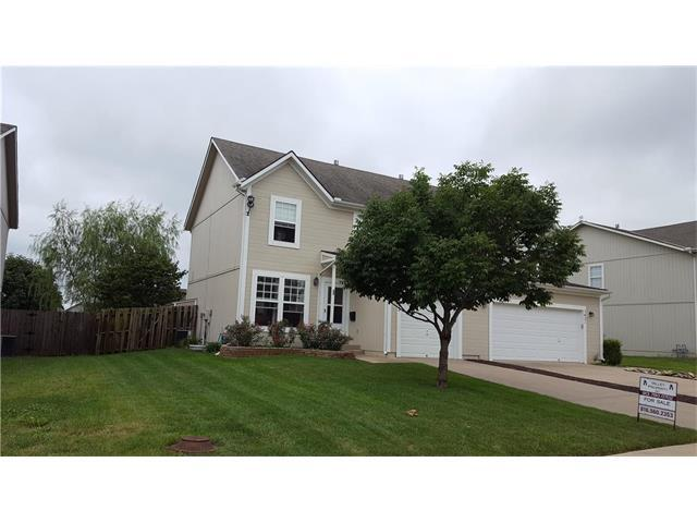 1423 S 5th East Street, Louisburg, KS 66053 (#2061392) :: Tradition Home Group