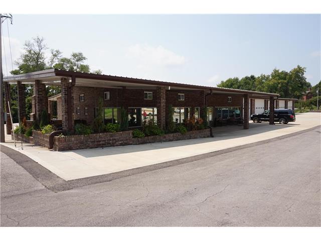700 Main Street, Lexington, MO 64067 (#2061835) :: Carrington Real Estate Services