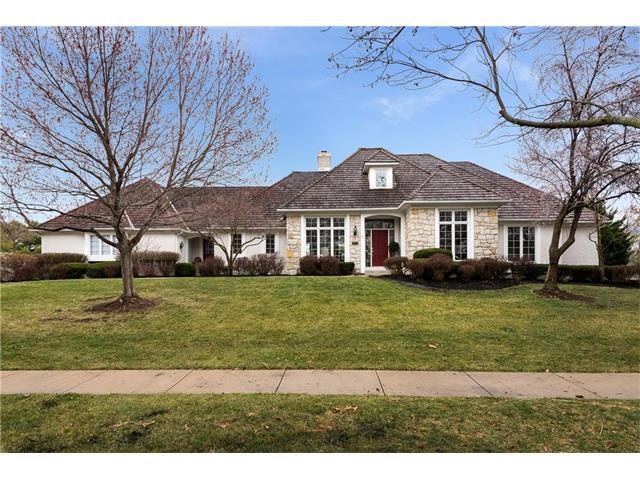 2245 W 118th Terrace, Leawood, KS 66211 (#2061903) :: Select Homes - Team Real Estate