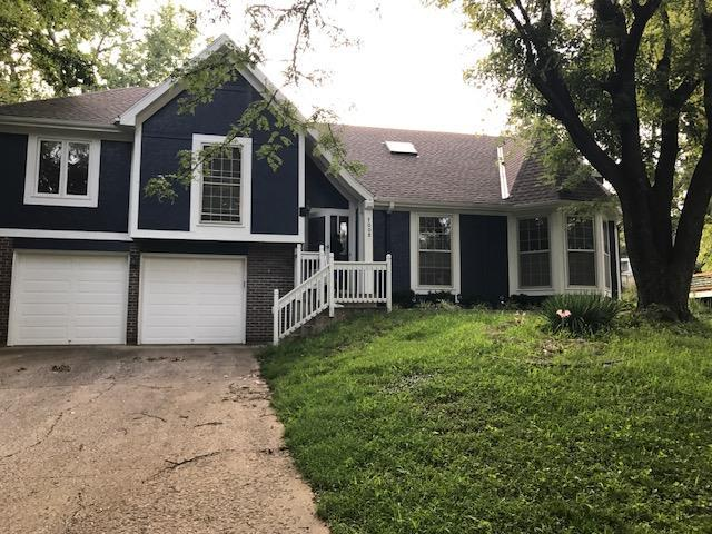 7008 Rene Street, Shawnee, KS 66216 (#2062468) :: The Shannon Lyon Group - Keller Williams Realty Partners