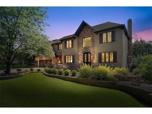 13015 Windsor Circle, Leawood, KS 66209 (#2062589) :: The Shannon Lyon Group - Keller Williams Realty Partners