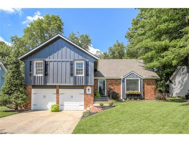 12830 W 100th Terrace, Lenexa, KS 66215 (#2062669) :: Select Homes - Team Real Estate