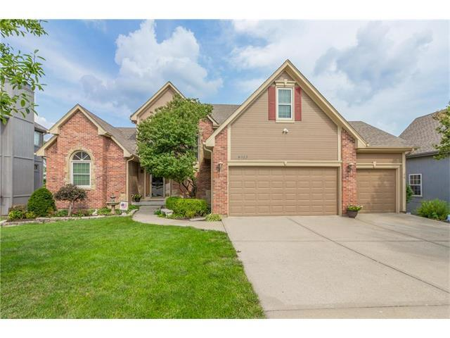 4513 NE Blue Jay Drive, Lee's Summit, MO 64064 (#2062907) :: Select Homes - Team Real Estate