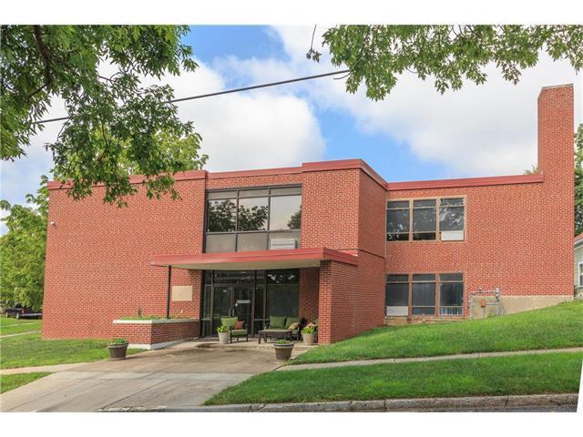 400 N Missouri Street, Liberty, MO 64068 (#2063011) :: Edie Waters Team