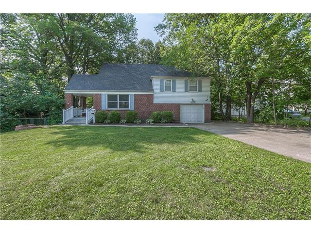 6507 W 69th Street, Overland Park, KS 66204 (#2063154) :: Select Homes - Team Real Estate
